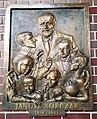 Collegium Znanieckiego, Poznan, plaque (Janusz Korczak).jpg
