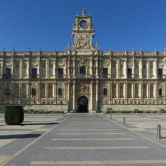 Parador - Image: Convento de San Marcos (León). Portada