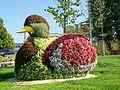 Creil (60), place Carnot, sculpture florale.jpg