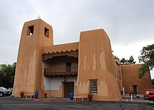Cristo Rey Church, 1120 Canyon Rd, Santa Fe, USA - panoramio (1).jpg