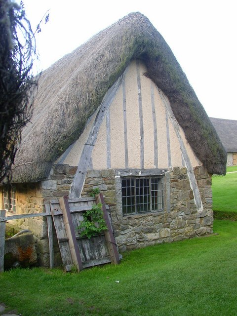Cruck-frame, Ryedale Folk Museum, Hutton-le-Hole - geograph.org.uk - 244444