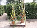 Dekoration Florales Objekt - panoramio - Arnold Schott (2).jpg