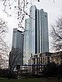 Deutsche Bank aus dem Osten - panoramio.jpg