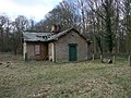 Disused lodge - 17 months on - geograph.org.uk - 1177663.jpg