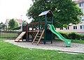 Dolní Chabry, park U Václava, dětské hřiště.jpg