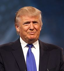220px-Donald_Trump_2013_cropped.jpg (220×244)