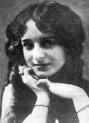 Dorothy Bernard - ca. 1915