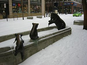 Fountains in Portland, Oregon - Animals in Pools in 2003
