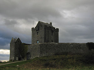 Guaire Aidne mac Colmáin - Dunguaire Castle built on the site of Guaire's original residence