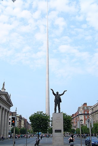 Spire of Dublin - Seen from O'Connell Street