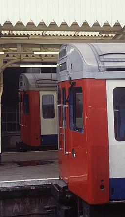 Edgware Road station1996 2
