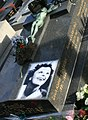 Edith Piaf grave.jpg