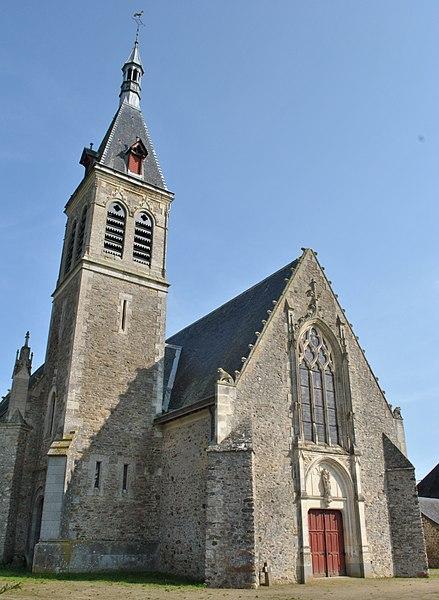 Vue Ouest, grand portail et clocher