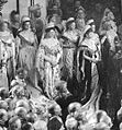 Empress Alexandra Feodorovna, dowager empress Maria Feodorovna and grand duchesses Olga and Xenia Alexandrovna at the opening of the Duma.jpg