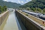 Engelhartszell Untergriesbach Donaukraftwerk Jochenstein Schleuse Nord-5274.jpg