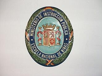 Coat of arms of the Second Spanish Republic - Image: Escuela Nacional Niñas