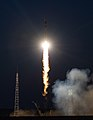 Expedition 52 Launch (NHQ201707280008).jpg