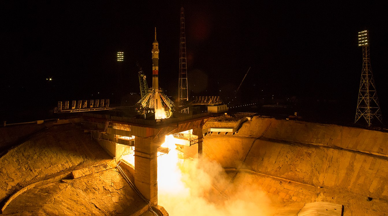 Expedition 53 Soyuz Launch (NHQ201709130003).jpg