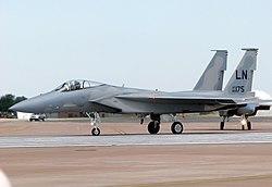 F-15C USAF (86-0175/LN) na letišti v britském Fairfordu vroce 2006