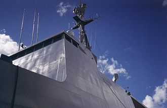 La Fayette-class frigate - Superstructure of a La Fayette blends into the hull with only a slight change in inclination