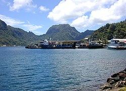 Docks im Hafen von Pago Pago