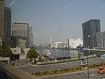 Fahrt mit der Tokyo Monorail 09.jpg