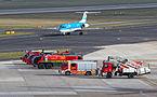 Feuerwehr am Flughafen Düsseldorf - 02-2013.jpg