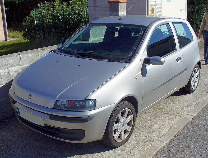 Fiat (official topic) 787px-Fiat_Punto_II