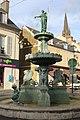Fontaine place Marché Notre-Dame Étampes 18.jpg