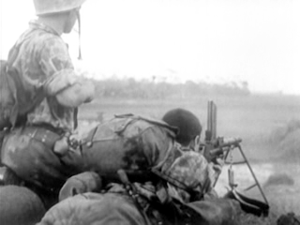 FM 24/29 light machine gun - French foreign legion airborne of the 1 REP firing a FM 24/29 during a Viet Minh ambush (1952).