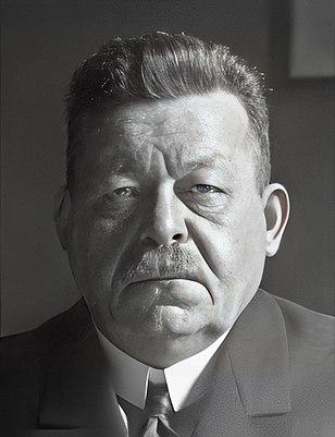 Friedrich Ebert face