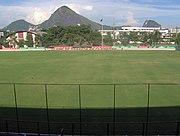 Vista da arquibancada para o campo da Gávea.