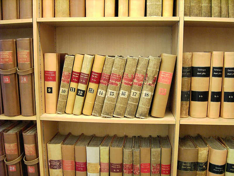 File:Göttingen-SUB-old.books.JPG