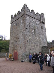 File:Game Of Thrones Castle Warden Winterfell.jpg game of thrones castle warden winterfell