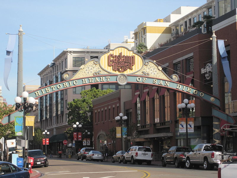 Fichier:Gaslamp Quarter sign 2.JPG