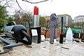Giant Items Budapest 2010 01.JPG