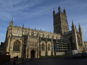Gloucester cathedral exterior 001.JPG