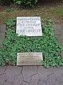 Grab von Rudolf Freidhof.jpg