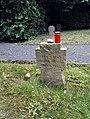 Grabstein auf dem Soldatenfriedhof Ittenbach - Karl Sax, Johann Düster.jpg