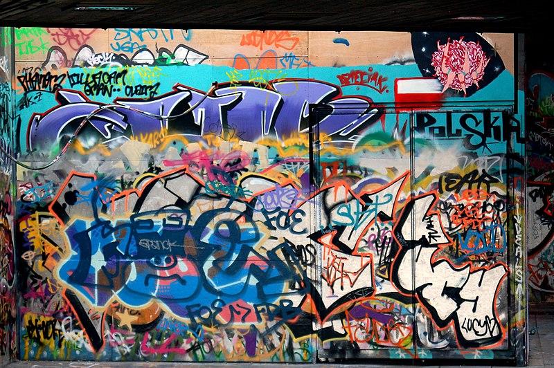 File:Graffiti (1498961877).jpg
