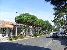 Restaurants Autour De Rue Bara