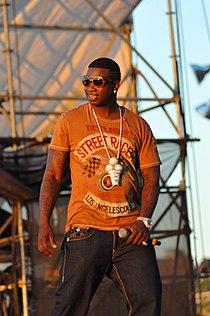 Gucci Mane performing at the Williamsburg Waterfront 3.jpg