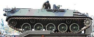 Bergenstein Arms Industry 300px-GuentherZ_2008-10-24_1176_Bundesheer_Schuetzenpanzer_Saurer-Steyrer