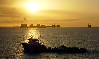 Gulf of Mexico - Ship and oil rigs in the Gulf