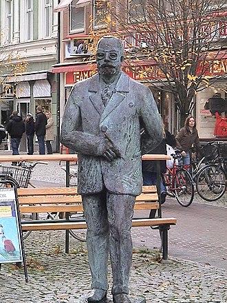 Värmland - A statue of Gustaf Fröding in Karlstad.