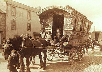 Gypsy horse - Historic image of a traveller family, vardo, and horse