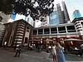 HK Central night 舊中區警署 Ex-Central Police Station 奧卑利街 Old Bailey Street footbridge 荷李活道 Hollywood Road 大館 Tai Kwun 中庭廣場 square November 2019 SS2 06.jpg