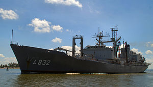 HNLMS Zuiderkruis (A832) - Image: HNLMS Zuiderkruis (A832) Cartagena Colombia