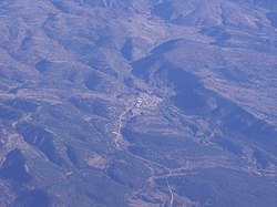 Aerial photo of Huerta del Marquesado and part of the Cuenca mountain range