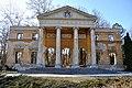 Habsburg kastély - portikusz.JPG
